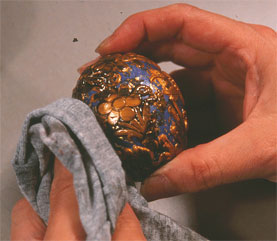 using gold clay and texture